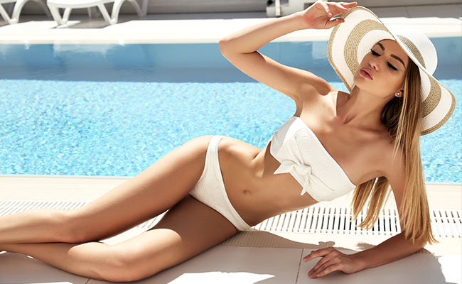 Get a trendy hourglass figure with body contouring and sculpting